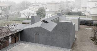 In sich gekehrt: »Wiggly House« bei Mailand
