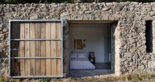 Off Grid & Gorgeous: Extremadura House, Spain